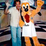 Trylleshow med Pluto i Disneyland, Los Angeles, USA.
